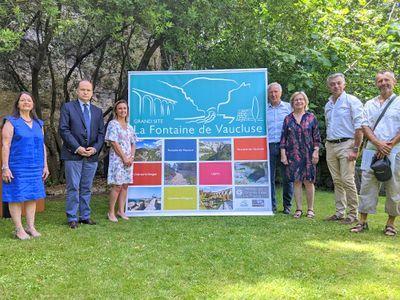 Grand Site La Fontaine de Vaucluse : dévoilement de l'identité graphique et de la carte Éco-patrimoniale